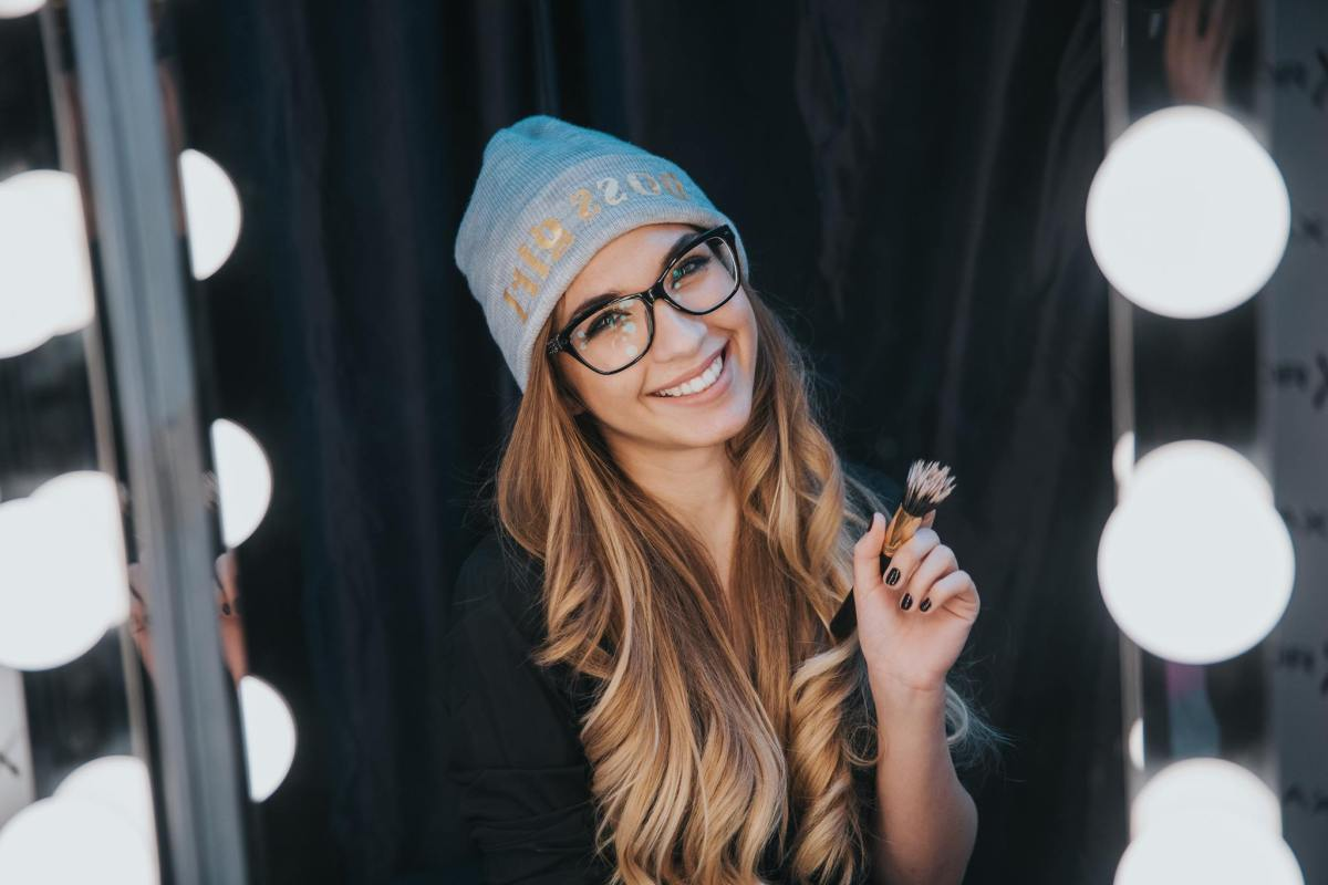 INSIGHT beauty vlog Erdély Kittyvel: a tökéletes alapozó