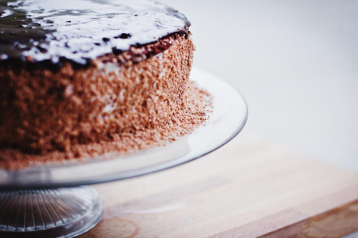 Tejmentes csokitorta laktózérzékenyeknek és tejallergiásoknak